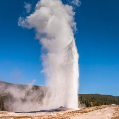 25 Stunning Photos of Yellowstone National Park, Wyoming U. S. A.